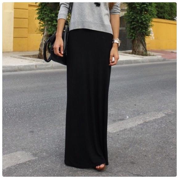 f83a4b1698 Dresses & Skirts - 🍂Black fold over waist maxi skirt🍂