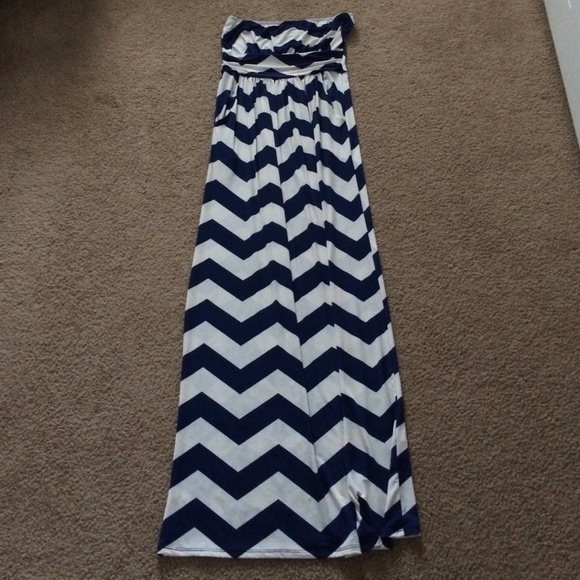 Strapless maxi dress chevron