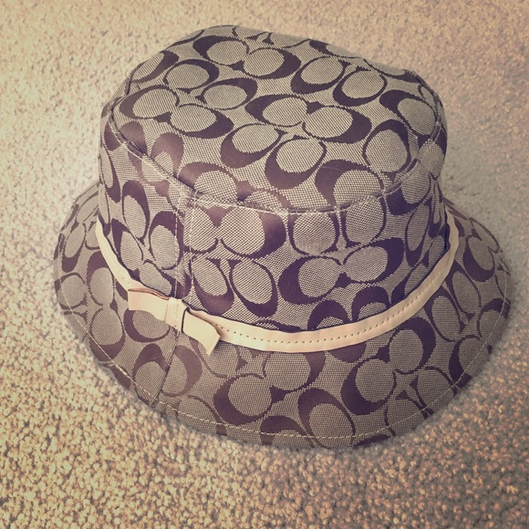 Coach Accessories - Brown signature Coach bucket hat! 62722ba9116