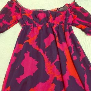 Diane von Furstenberg Dresses & Skirts - Dian Von furstenberg dress size 4 for sale!