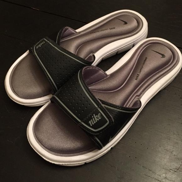 Nike Shoes   Nike Gel Slidessandals 7