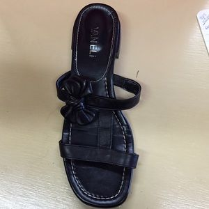 VAN ELi Shoes - VAN ELi black leather sandal
