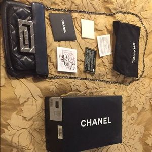 Chanel crossbody leather bag