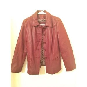 Jaclyn Smith women's Maroon leather jacket