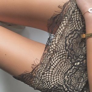 Black lace skirt S