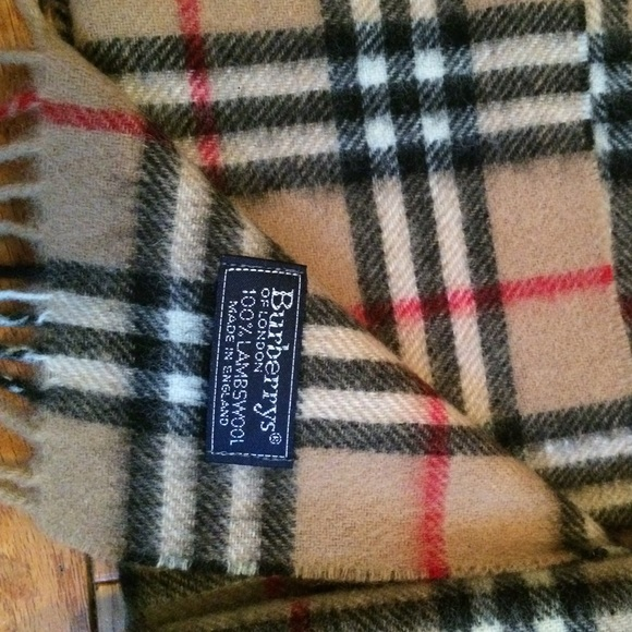 Burberry Accessories Authentic Plaid Check Wool Scarf