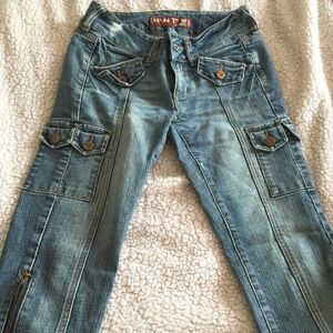 Other - Capri Style Jeans