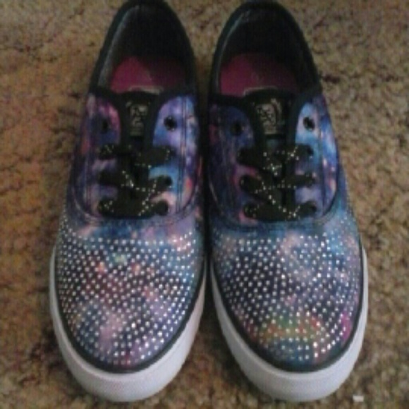 new products e4d94 67c68 Galaxy print tennis shoes