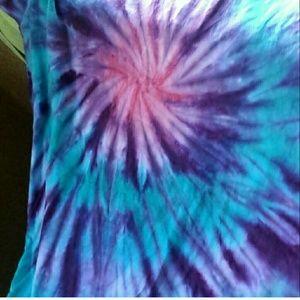 Tops - Tie dye