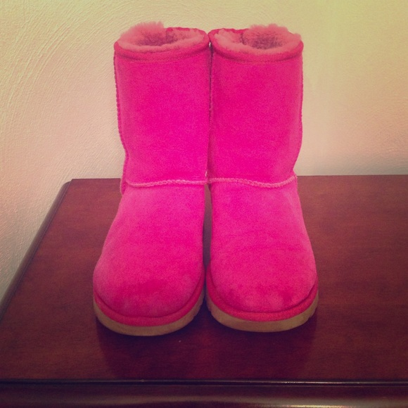 UGG Boots - AUTHENTIC HOT PINK UGGS!!