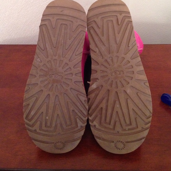 UGG Shoes - AUTHENTIC HOT PINK UGGS!!