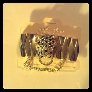 Jaguar Fashion Bracelet