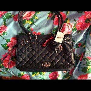 Betseyville small navy bag