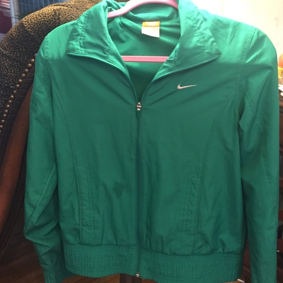 green nike jacket online > OFF73% Discounts