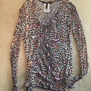 BCBG print long sleeve top