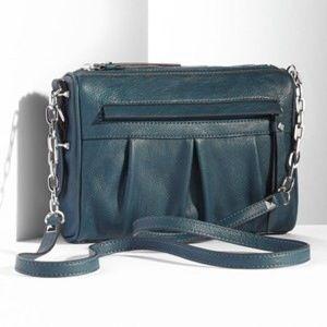 Simply Vera Vera Wang Handbags - FLASH SALE❗️NWT Vera Wang crossbody purse