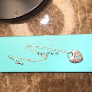 Tiffany & Co. Chain and heart necklace