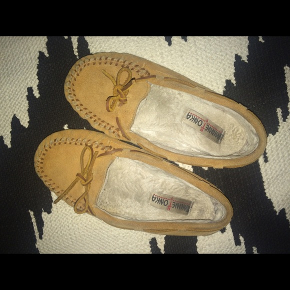 how to clean the inside of your moccasins