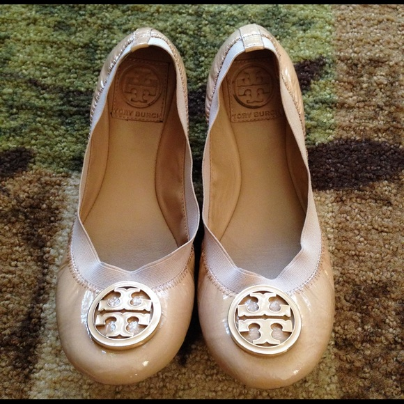 c05e0f3be29 Tory Burch Caroline Ballet Flats Patent Leather. M 55278ab57d731619a3022197