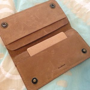 LEATHER IPHONE 5C WALLET CASE WITH SLOTS