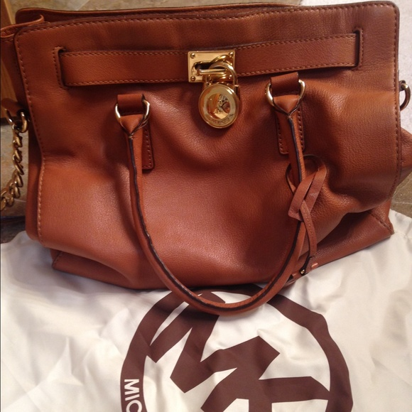 Michael Kors Handbags - Michael Kors Hamilton-Large