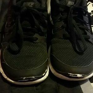 Nike Free Run En Blanco Y Negro Pantalones A Cuadros 5.0 De Las Mujeres bHE90gz1o