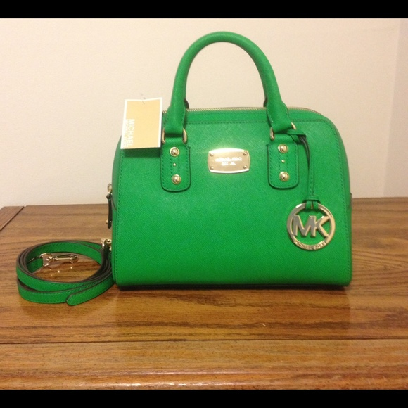 62a941f7ca07 NWT Michael Kors palm green bag