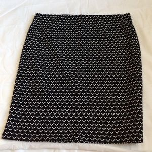 Black and white patterned skirt from Loft