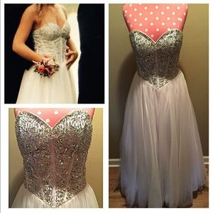 Size 2/4 boutique prom dress