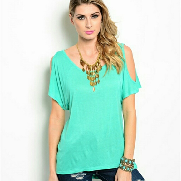 8a775c03f3e3d8 Short sleeve cold shoulder top Small 5 6