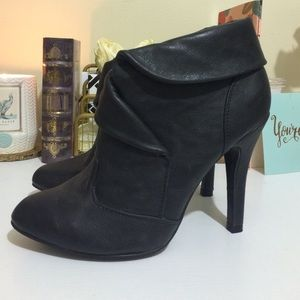Qupid Shoes - Black Faux Leather Booties