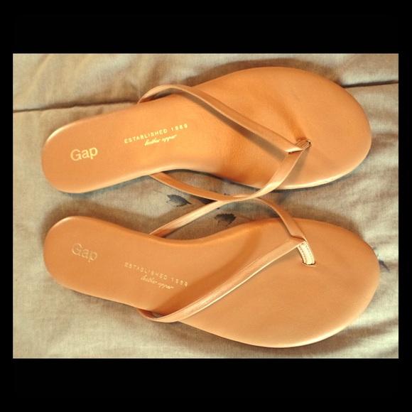 d1887a0f82a9 GAP Shoes - GAP Nude Tan Leather Flip Flops