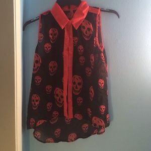 Black and read sheer skull shirt