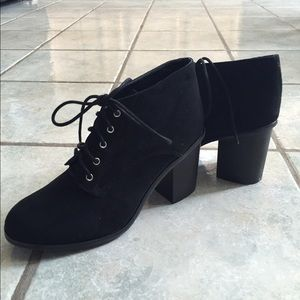 Brand suede new ankle cut boots