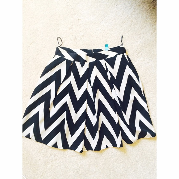 b5672beb0b Francesca's Collections Skirts | Chevron Circle Skirt | Poshmark