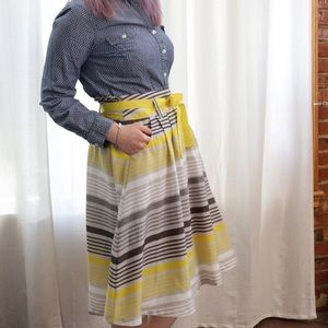 Old Navy Dresses & Skirts - 💙SALE❤️ Striped Yellow Swing Skirt