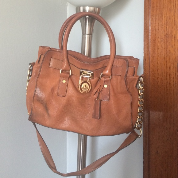 085d2d46a6ec MICHAEL KORS BROWN LEATHER BAG. M_552999d6291a354d5c00980c
