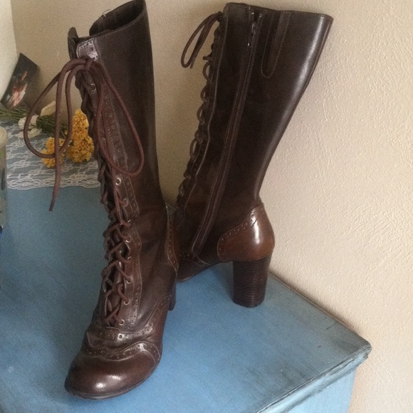 75 mudd shoes brown lace up boots from tara s