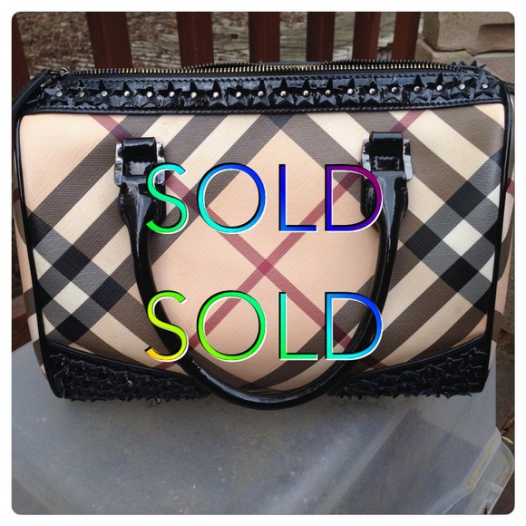 3e3ebd863f7 Burberry Bags   Sold Sold Doctor Bag   Poshmark