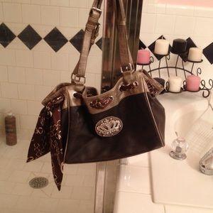 Handbags - Silver and black purse,