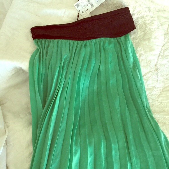 70 zara dresses skirts green silk zara maxi skirt