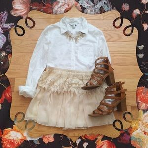Dresses & Skirts - 🌟HP 7/21🌟Pale Peach Lace Skirt