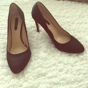 Zara Basic Black Closed Toe Pumps Heels