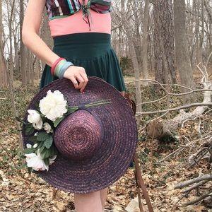 Accessories - Vintage Italian eggplant/navy straw hat w flowers