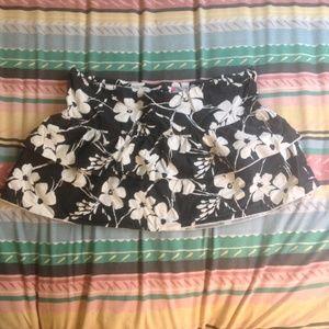 Roxy Ruffle Black & White Floral Skirt - XL