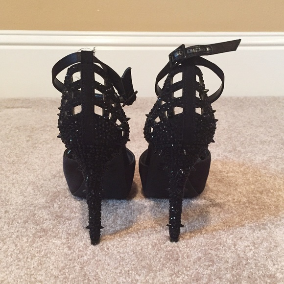 Gianni Bini Shoes - Size 9 Gianni Bini Spiked Black Rhinestone Heels