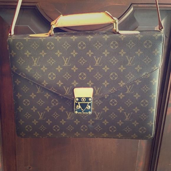 acd7a852087c Louis Vuitton Handbags - Louis Vuitton briefcase