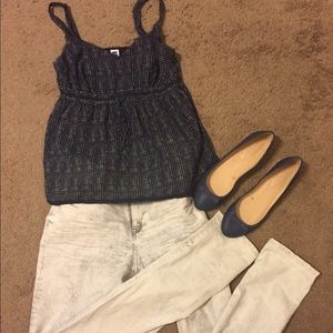 GAP navy blue and white blouse❤️