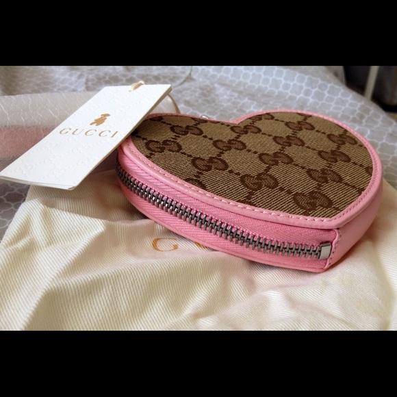 a324ca0771d Gucci heart shape kids wristlet or coin purse!