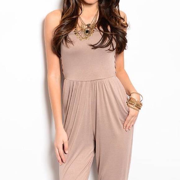 82 off pants sale taupe strapless jumper 5 rated for Top rated boutiques